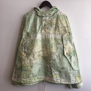 【H.UNIT】Tybec world map anorak parka