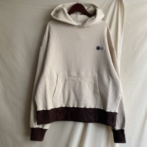 【H.UNIT】Raised back hoodie Ivory