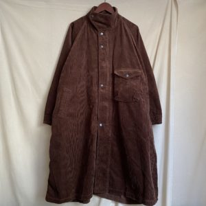 【H.UNIT】Corduroy gascape coat Brown