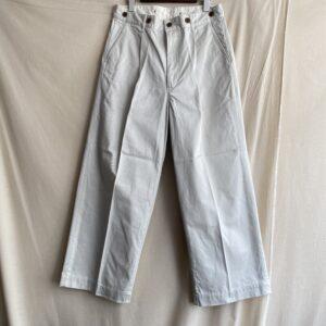 【H.UNIT】Chino crown size tuck trouser Smoke beige
